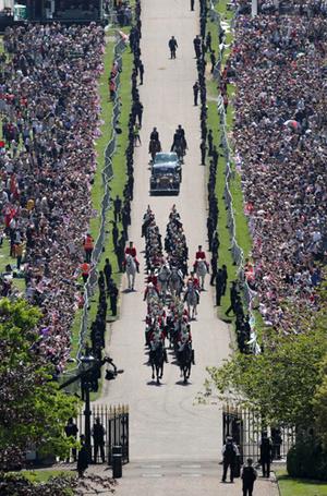 Фото №6 - Как был сделан самый известный свадебный снимок принца Гарри и Меган Маркл