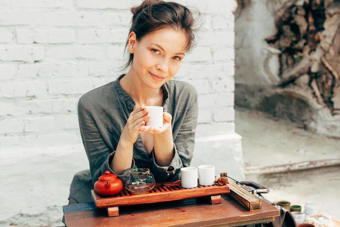 Мед, лимон и цветок жасмина: пьем зеленый чай с пользой для здоровья