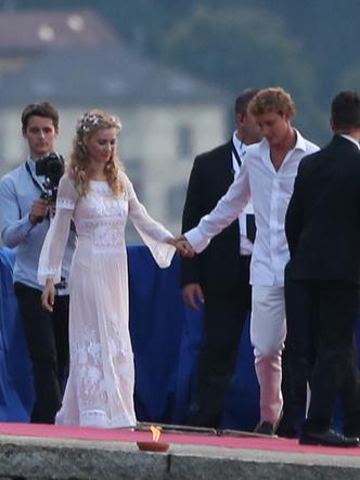 Фото №4 - Прекрасная Беатриче: какой была свадьба самой стильной принцессы Европы