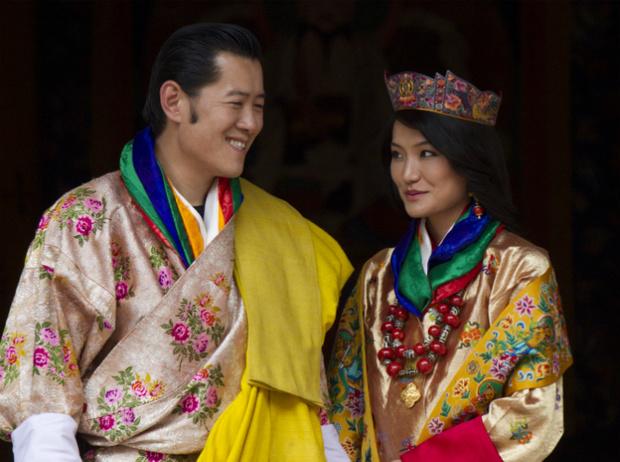 Фото №4 - Король-дракон Бутана: любовь стоит того, чтобы ждать
