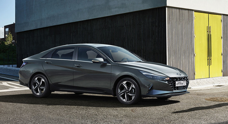 Фото №2 - Как изменились наши представления о комфорте? Объясняет Hyundai Elantra