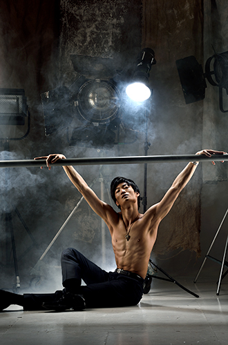 Фото №9 - «Балерины не едят пирожных» и другие мифы о балете глазами фотографа