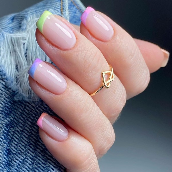 Фото №13 - Какая форма ногтей в тренде этой осенью: 12 идей для стильного маникюра