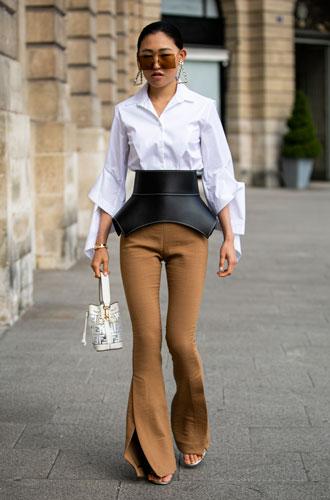 Фото №15 - С чем носить белую рубашку: стильные идеи на любой случай