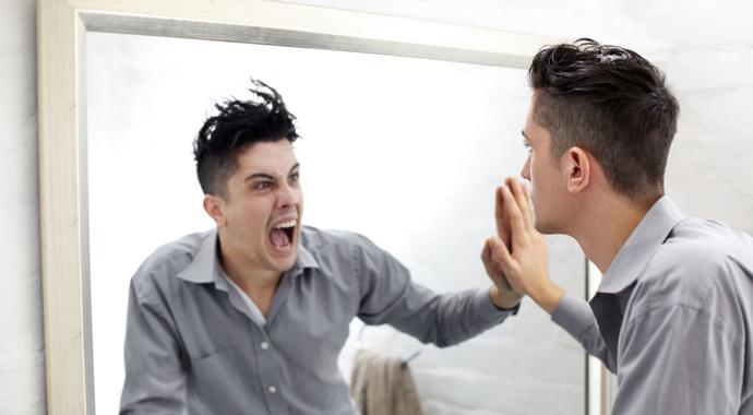Жертва или агрессор: как отказаться от привычной роли в конфликте