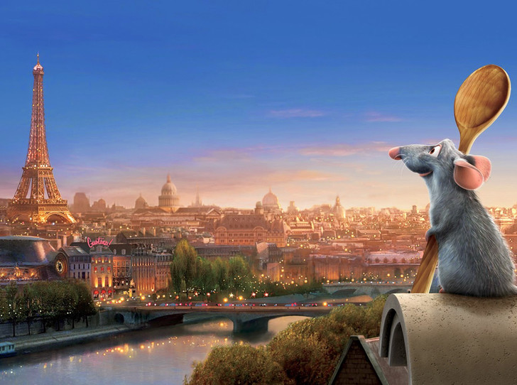 Фото №1 - Увидеть Париж и не разориться: 5 экономичных мест для проживания в центре