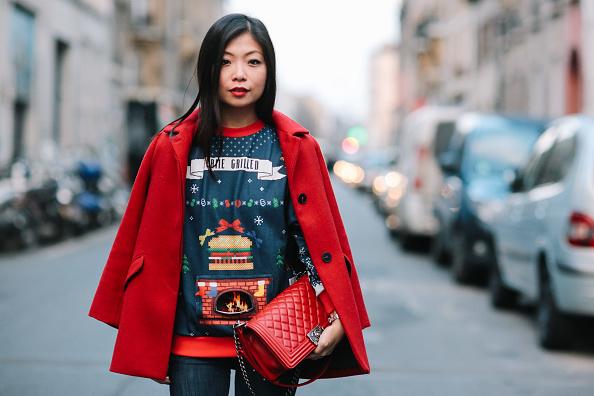 Фото №1 - Где купить классный рождественский свитер: 5 проверенных магазинов