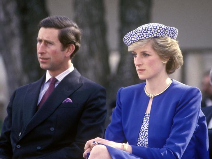 Фото №1 - Недовольство принцессы: почему Диана не любила фотографироваться вместе с Чарльзом