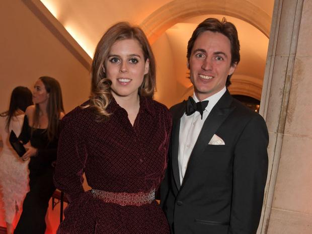 Фото №8 - Звездные пары, которые отменили свадьбы из-за коронавируса