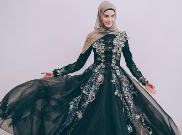 Фото №1 - Шестой день Mercedes-Benz Fashion Week Russia 2017