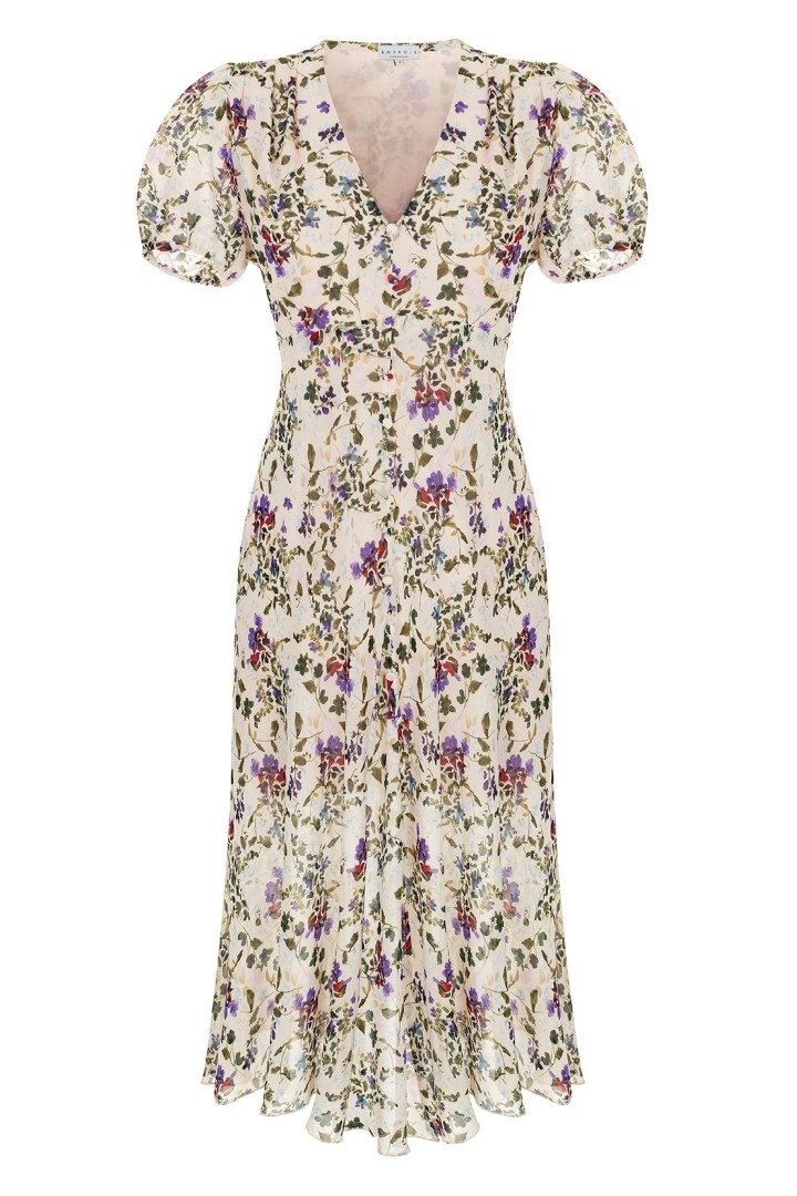 Фото №17 - Летом всем нам нужно платье в цветочек. Вот 20 нежных вариантов