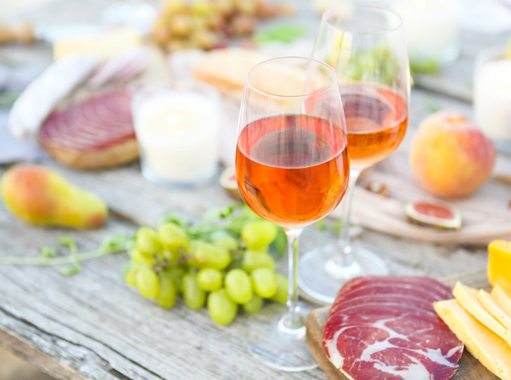 Фото №4 - Pink of perfection: полный гид по розовому вину