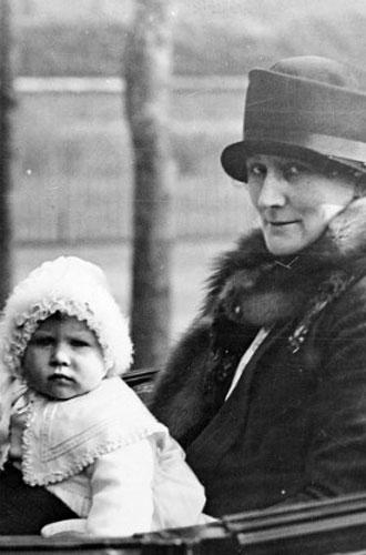 Фото №3 - Королева Елизавета II: история в фотографиях