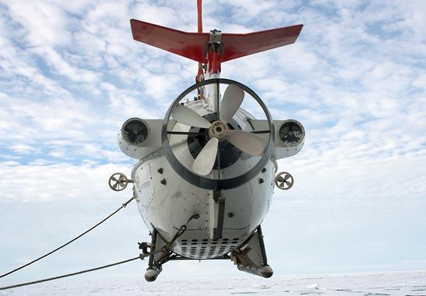 Фото №1 - 4300 метров подо льдом