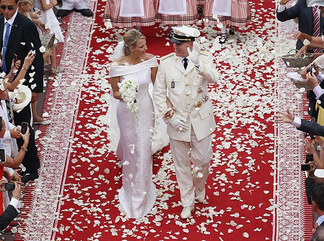 Фото №36 - Самые трогательные моменты королевских свадеб (о Гарри и Меган мы тоже не забыли)