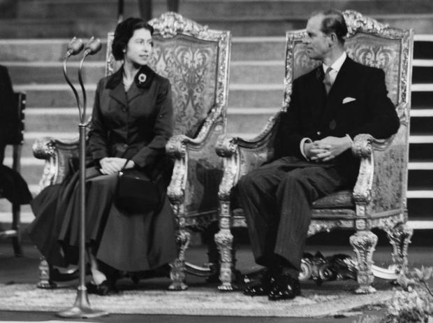 Фото №4 - Как Королева отреагировала на сообщения об измене принца Филиппа