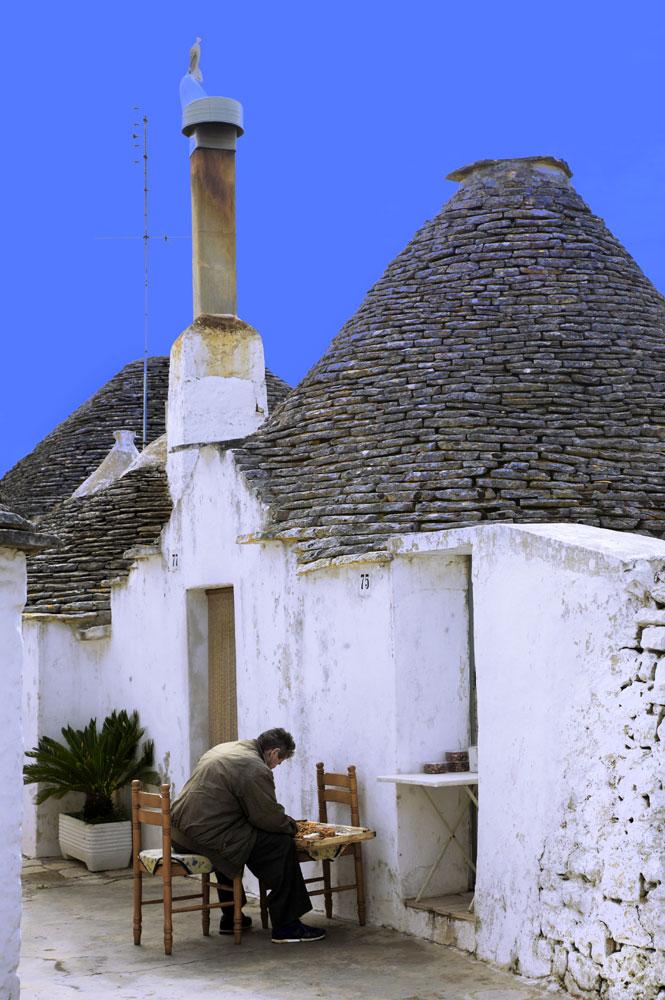 Фото №2 - Народная стройка: 9 необычных традиционных жилищ