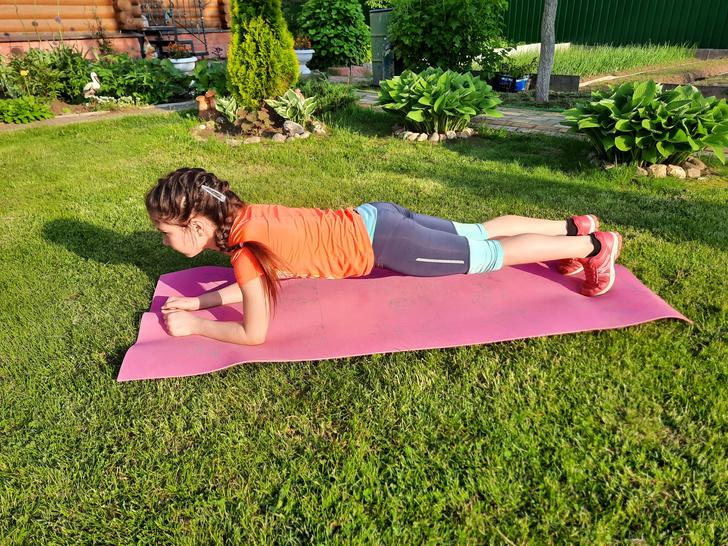 Фото №6 - Зарядка для малышей: 5 упражнений, которые нужно делать каждый день