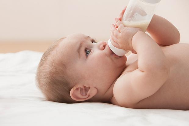Фото №1 - Спокойный и сытый малыш. В чем секрет?