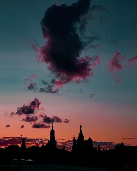 Фото №2 - Куда сходить на свидание в Москве? 💞