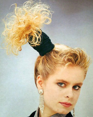 Фото №14 - Взрыв из прошлого: если в моду вернутся прически из 80-х…