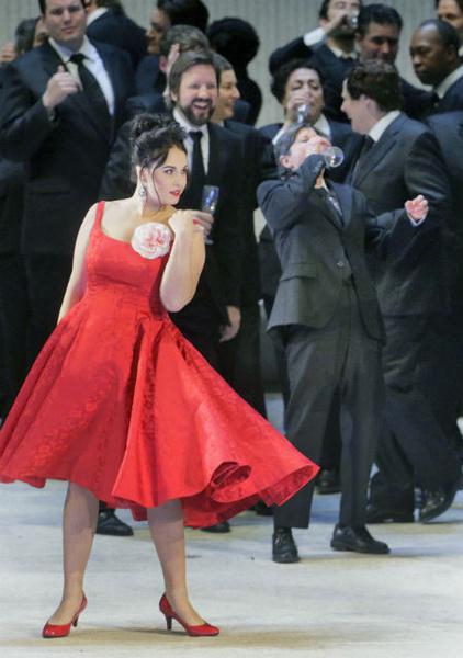 Фото №3 - TheatreHD представляет: опера «Травиата»