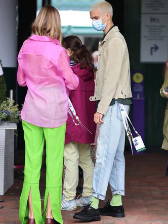 Фото №3 - Бекхэм с девушкой, кузен Королевы и другие знаменитости на открытии Уимблдона 2021