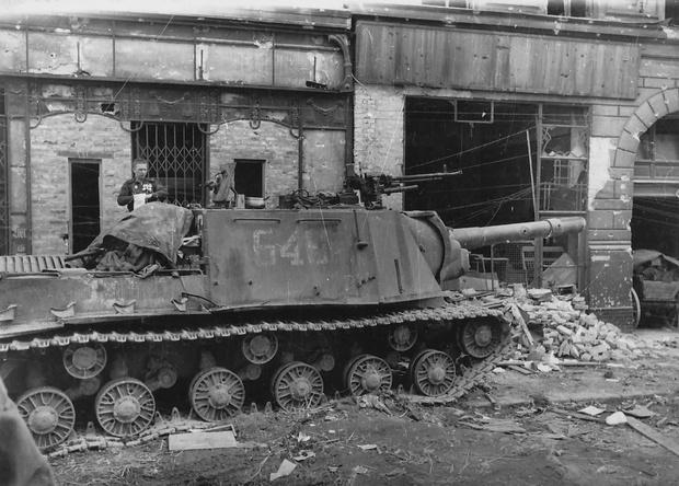 Фото №6 - Консервный нож для немцев: 7 фактов о самой страшной советской самоходке