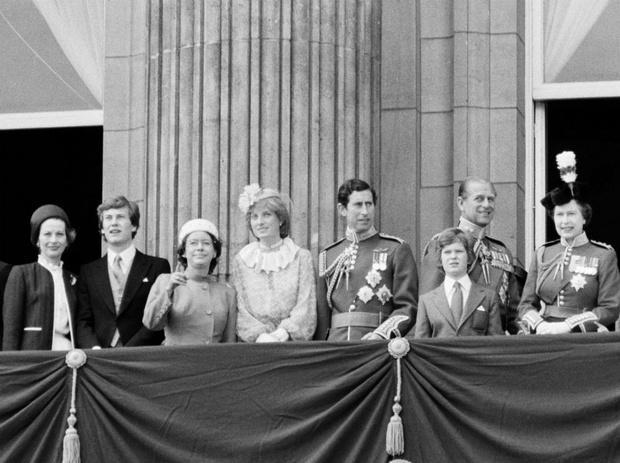 Фото №2 - Как первый королевский парад с участием Дианы едва не обернулся трагедией