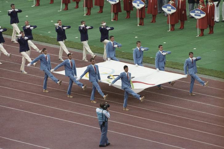 Фото №5 - Финский сервелат, зачистка дач и мультик про Бабу-ягу: 10 фактов об Олимпиаде-1980