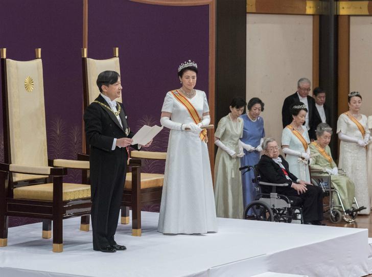 Фото №3 - Начало эры Рейва: как прошла церемония наследования престола в Японии
