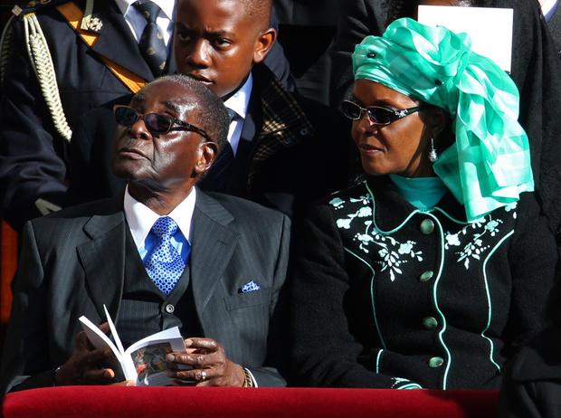 Фото №2 - Из первой леди в изгои: как Грейс Мугабе стала врагом своего народа