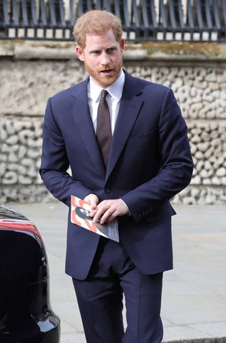 Фото №13 - Отвлекающий маневр: Меган Маркл и принц Гарри снова в центре внимания