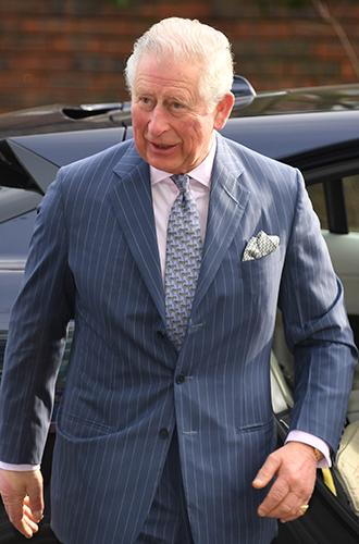 Фото №4 - Как принцы Уильям и Гарри меняют модные правила для мужчин королевской семьи