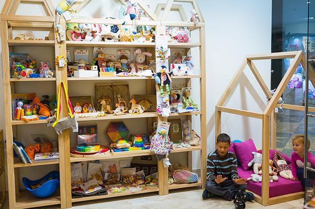 Фото №1 - В Москве открылся принципиально новый магазин игрушек «КубиРуби»