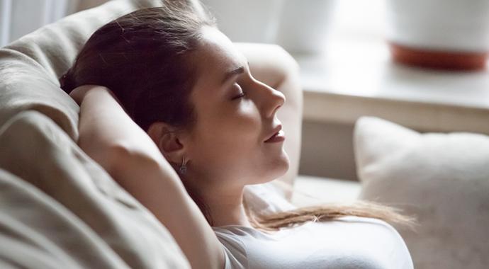 Три упражнения, чтобы лучше слышать тело