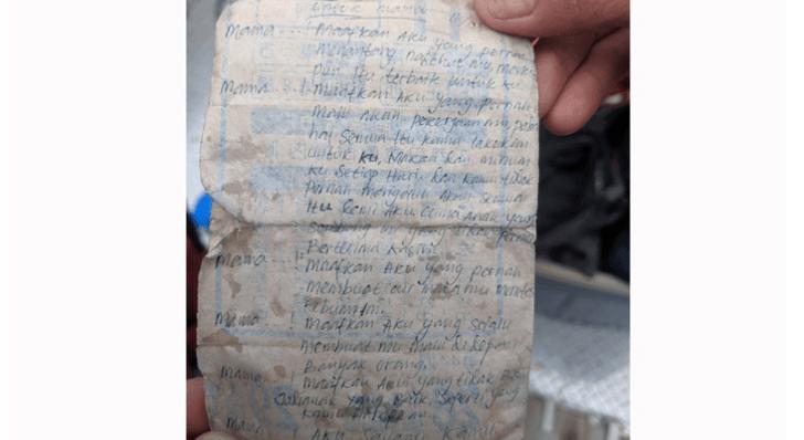 Фото №1 - В Канаде обнаружили письмо в бутылке, которое искало адресата 16 лет