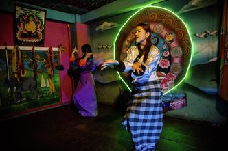 Фото №12 - Бутан от заката до рассвета: как веселится золотая молодежь горного королевства