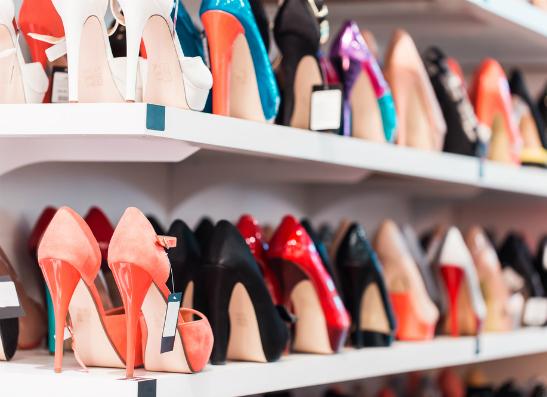 Фото №1 - ЦентрОбувь выпустил коллекцию туфель для выпускных