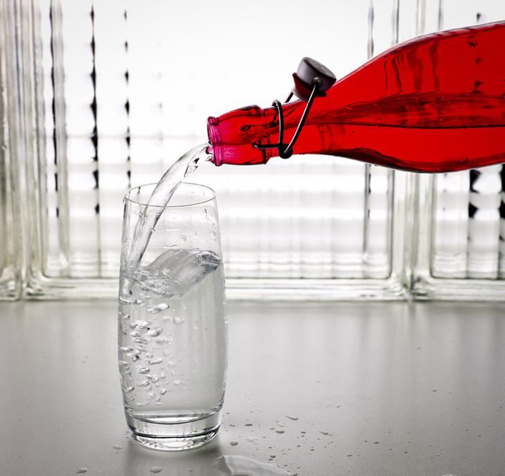 Фото №1 - В стакане чистой питьевой воды живут более 10 миллионов бактерий