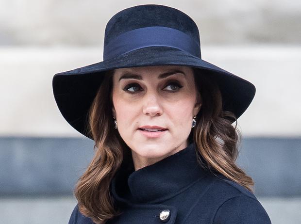 Фото №4 - Из простолюдинок в аристократки: как Кейт Миддлтон изменилась за 10 лет рядом с Королевой