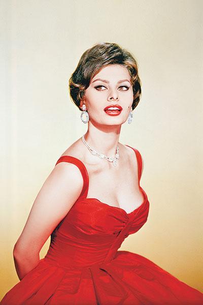 Фото №1 - Софи Лорен: уроки красоты для советских актрис