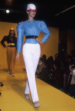 Фото №6 - Король футуризма: модные изобретения Пьера Кардена
