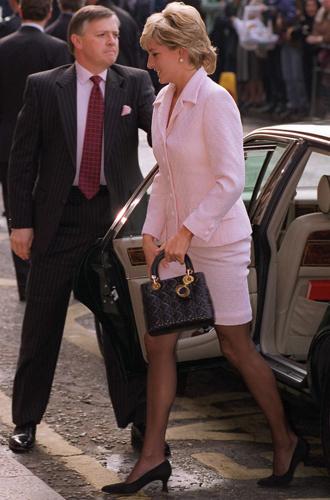 Фото №14 - Леди Диана и Lady Dior: история любви принцессы и сумки