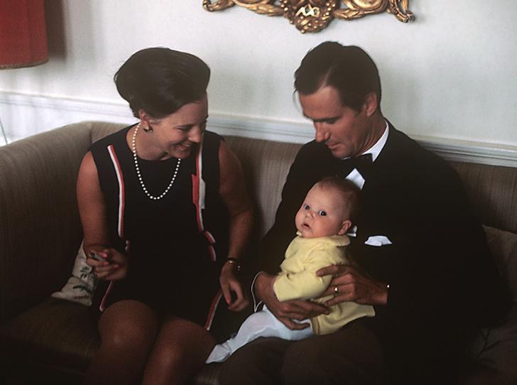 Фото №14 - Принц Хенрик и Королева Маргрете: история любви в фотографиях