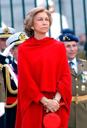 Фото №39 - Фирменные позы и жесты королевских особ (а вы замечали?)