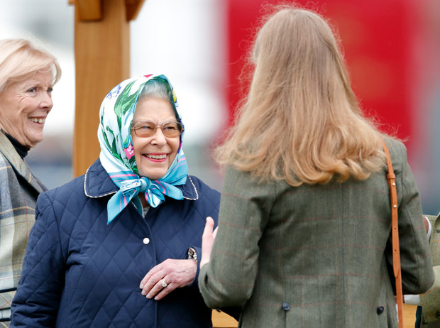 Фото №3 - Как наследники семьи Виндзор узнают о своем королевском статусе
