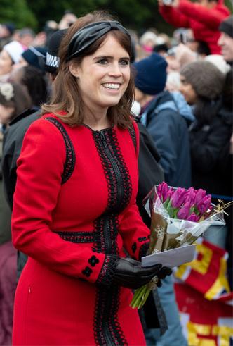 Фото №6 - Как королевские модницы носят широкие ободки (и где искать похожие)