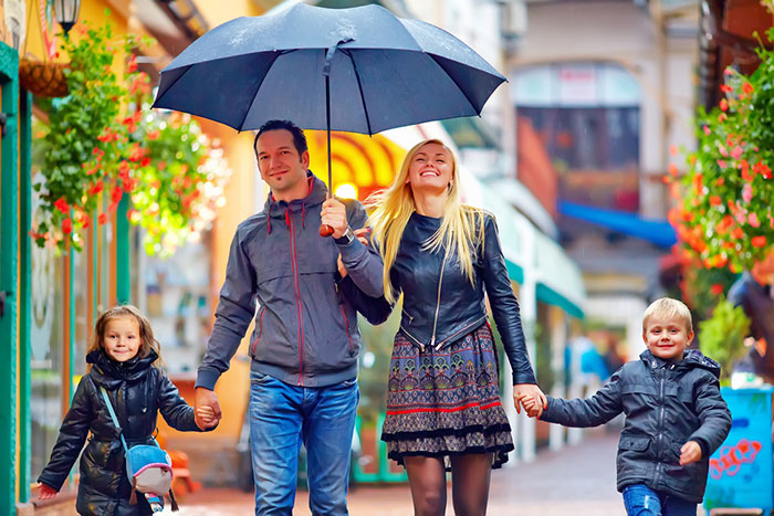 Фото №1 - Куда отправиться с ребенком осенью: на юг, на запад, на восток