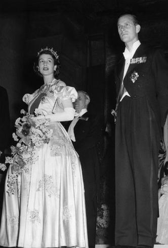 Фото №5 - Высокое положение: какого роста члены британской королевской семьи